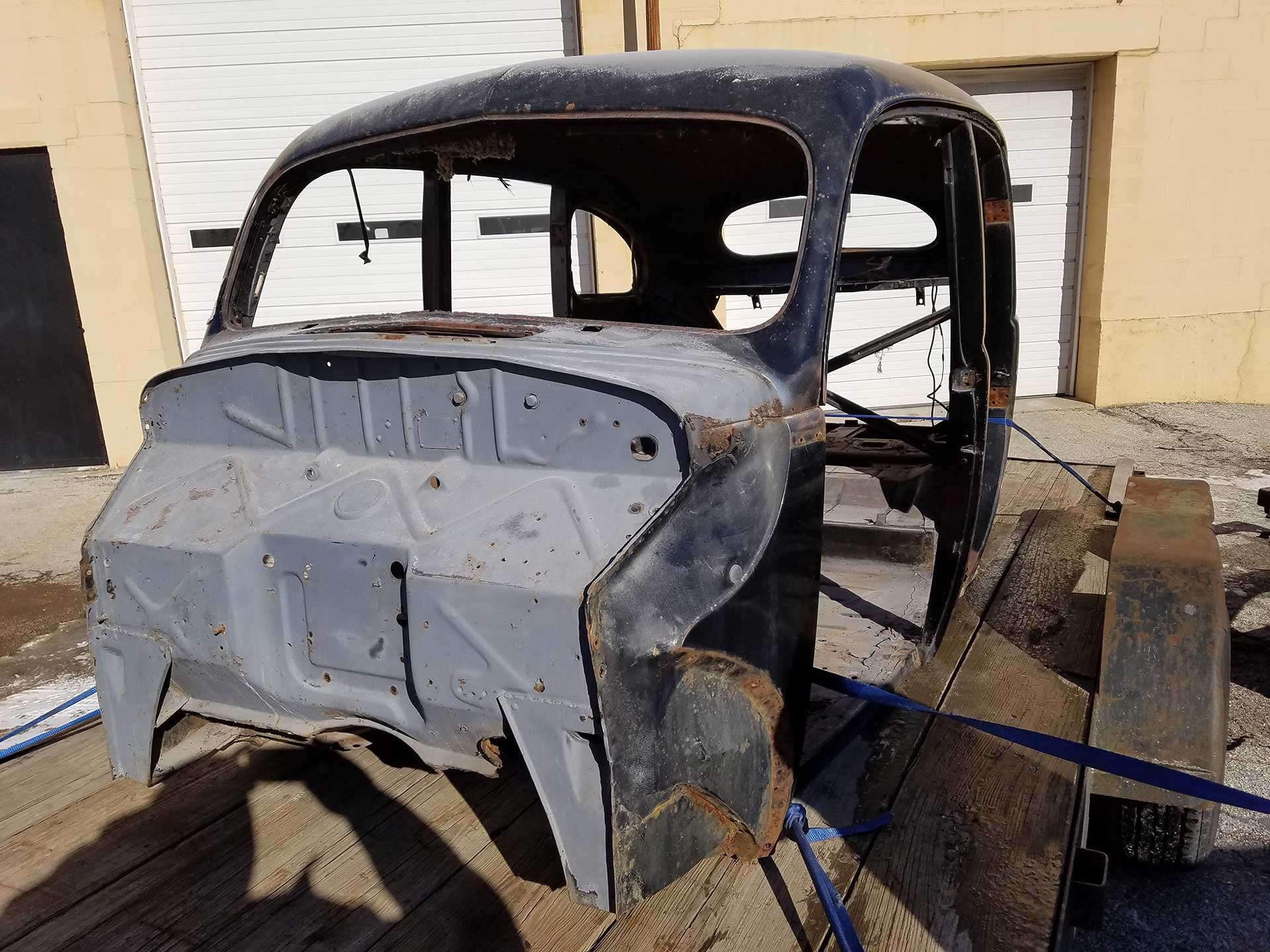 restoration of body of vintage car
