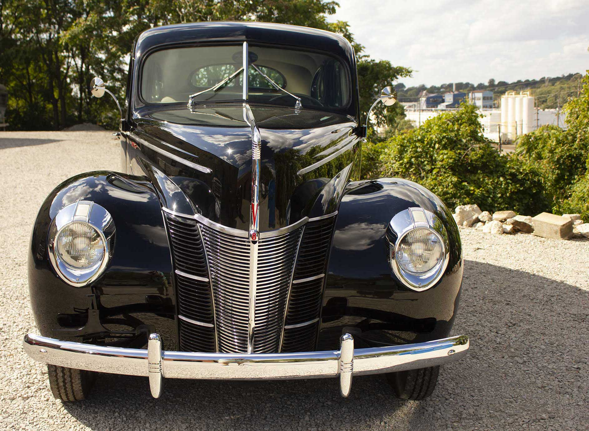 1940 black ford deluxe